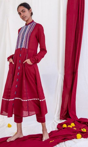 Ulan Kalidar with Churi Sleeves